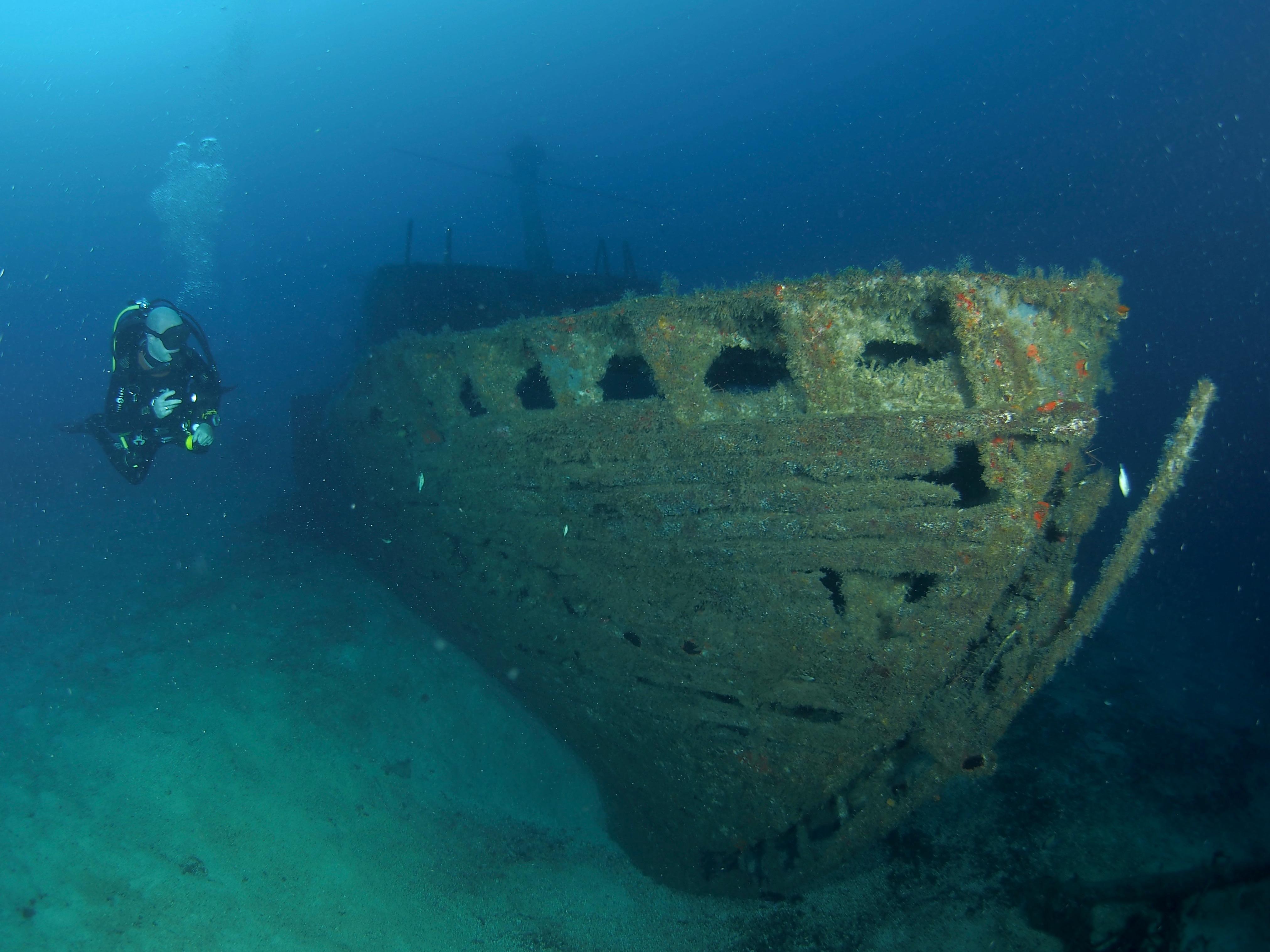 wreck specialty tenerife meridian diving