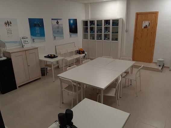 aqua-marina classroom dive centre tenerife
